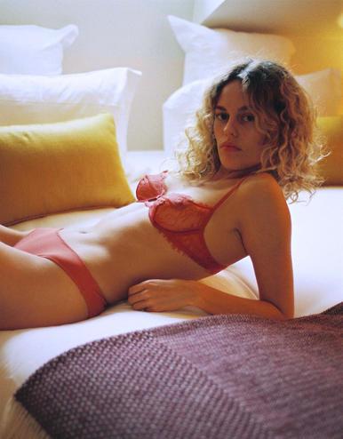 lingerie soutien-gorge avec armatures Charlie Tan 39 € Girls In Paris photo 1
