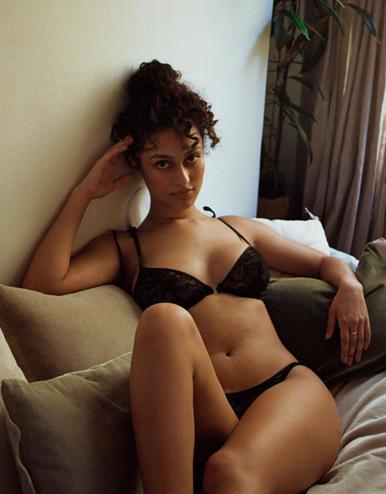 lingerie soutien-gorge avec armatures Black Tie Noir Forever 39 € Girls In Paris photo 1