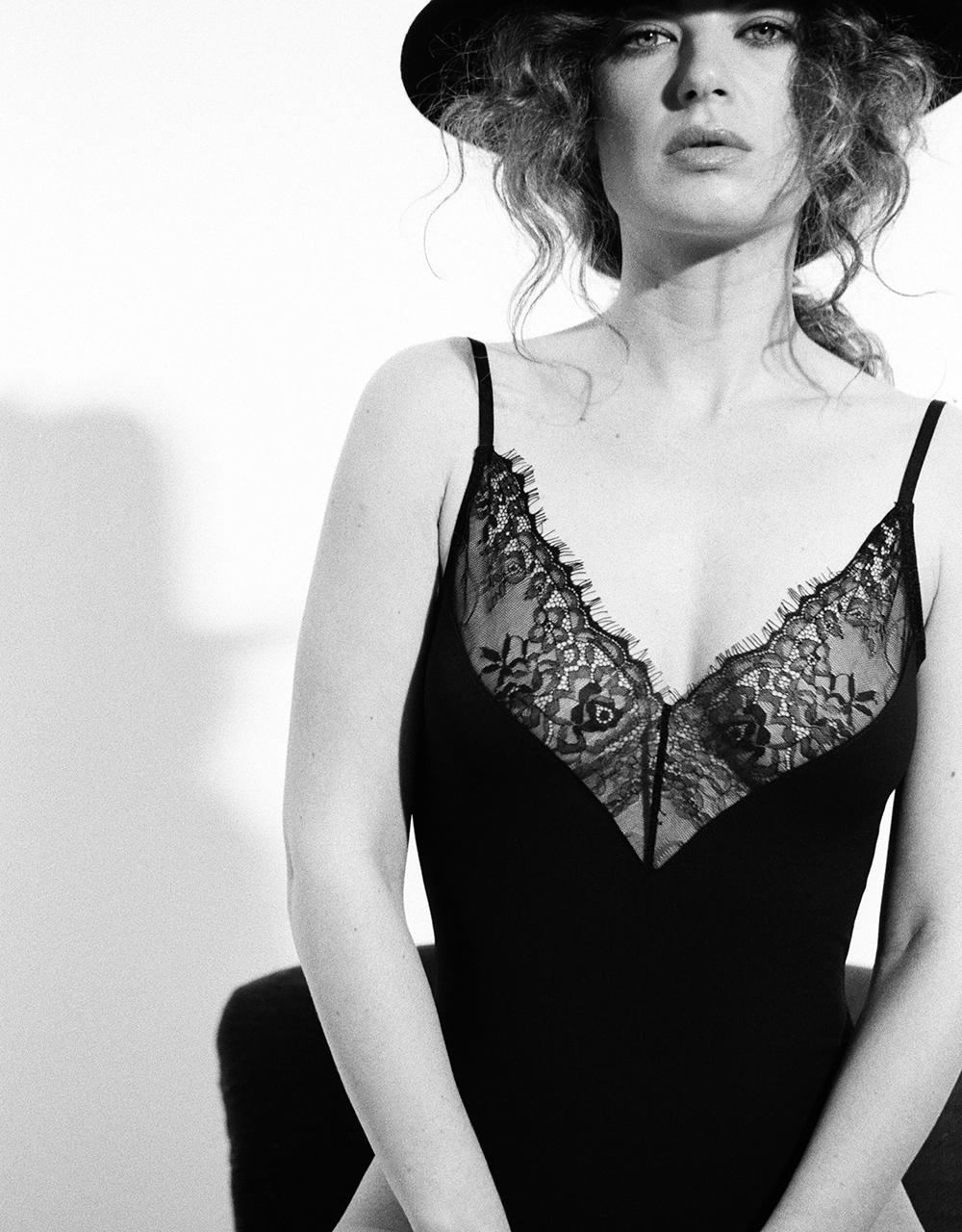 lingerie body Charlie Noir 39 € Girls In Paris photo 4