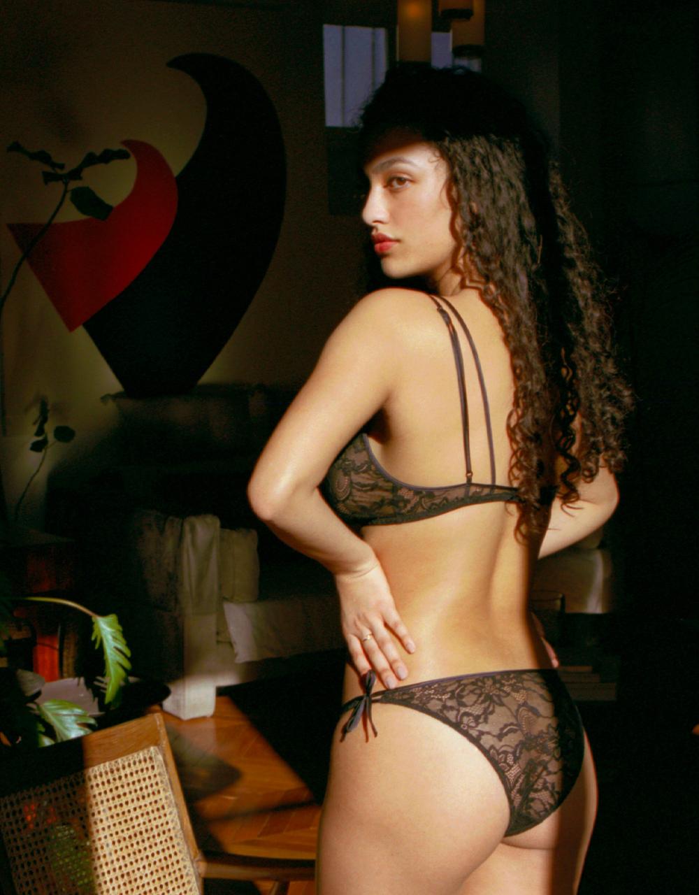 lingerie culotte Black Tie Noir Forever 19 € Girls In Paris photo 1