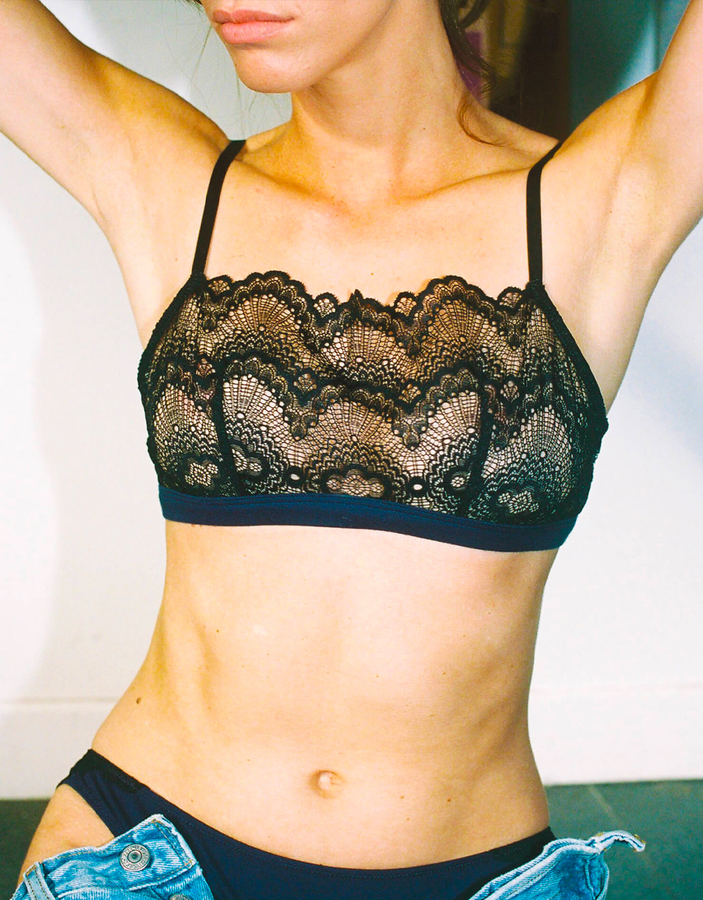 lingerie bra without underwires Gaby Black Iris 39 € Girls In Paris photo 2