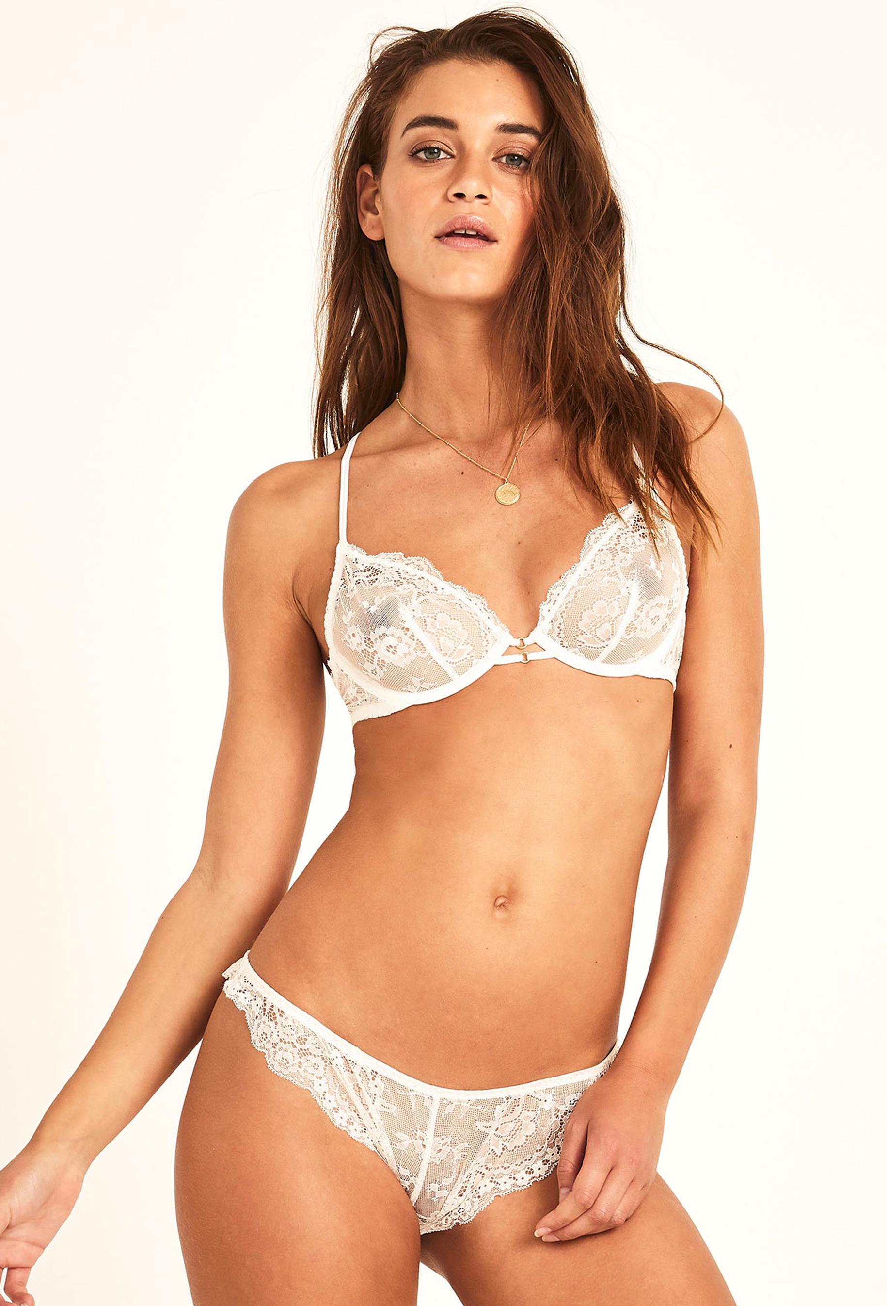 lingerie tanga Gala Ivoire 19 € Girls In Paris photo 3